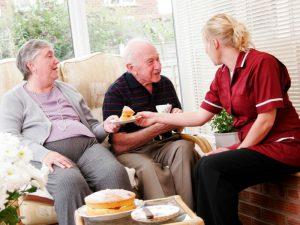 догляд за людьми похилого віку з варикозом вен